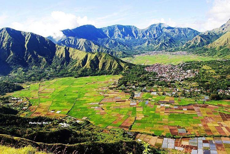 Inilah Faktor yang Membuat Pariwisata Lombok Maju, Bukit Pengasingan Sembalum sumber ig orang.lombok