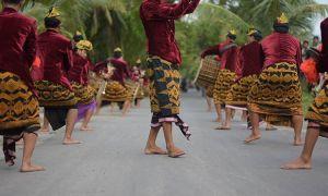 Pentingnya Bahasa Sasak Bagi Sopir Rental Mobil Di Pulau Lombok sumber ig @burhan_kenjo