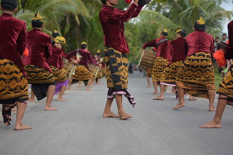 Pentingnya Bahasa Sasak Bagi Sopir Rental Mobil Di Pulau Lombok