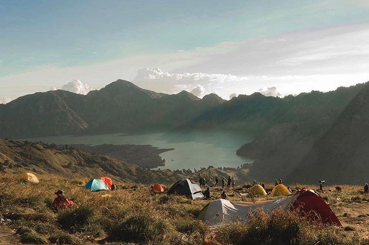 Tips yang Harus Disiapkan Sebelum Mendaki Gunung Rinjani