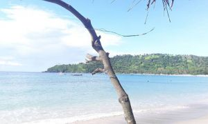 Keindahan Pantai Senggigi di Lombok yang Memukau Ribuan Pasang Mata ig royansabilarosad