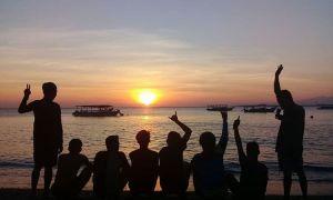 Sunset di Gili Lampu, sumber ig @goingloe