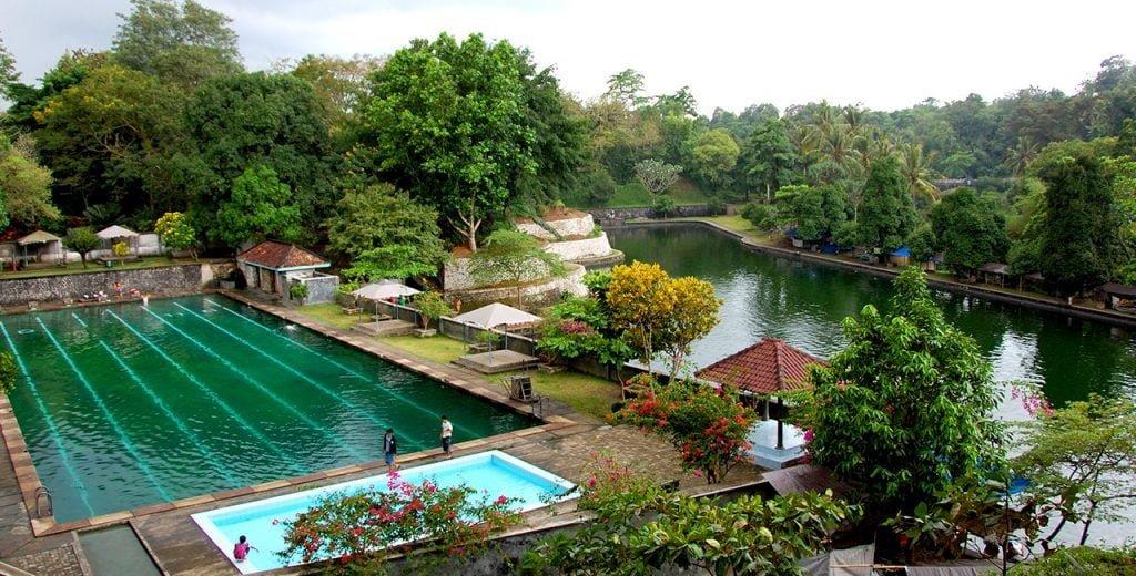 taman-narmada-lombok-nusa-tenggara-barat-1024x520