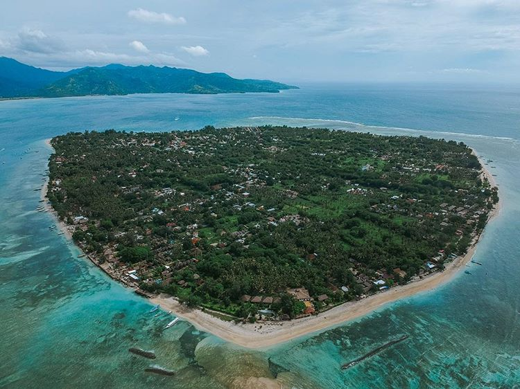 Gili Air, sumber ig cameronevanss