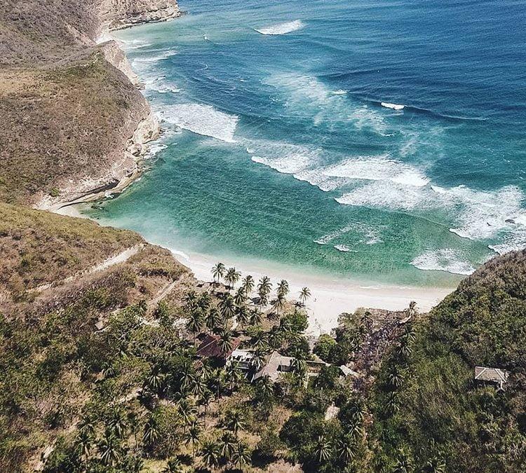 Pesona Pantai Surga di Lombok