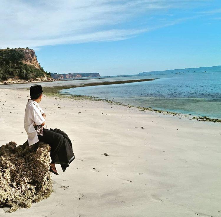 Pantai Ekas Lombok, sumber ig bank_jeff92