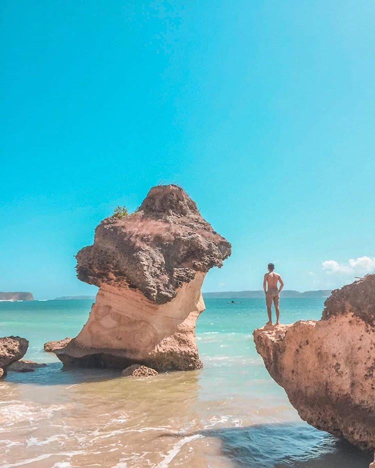 Pantai Ekas di Lombok, sumber ig indozonetravel