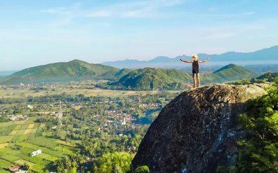 Pesona Wisata Bukit Batu Idung di Lombok